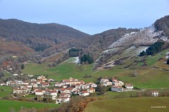 Beruete - Basaburua (A.M. Goñi) Tags: landscape village paisaje paysage navarre navarra herria nafarroa paisaia beruete basaburua amgoñi