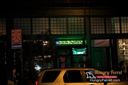 Breslin Bar