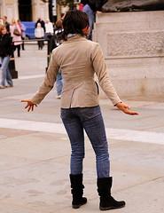 Trafalgar Square (Σταύρος) Tags: street city uk greatbritain vacation england woman holiday london fountain girl westminster fashion calle nikon downtown britishisles boots unitedkingdom britain candid centro moda thecity streetphotography trafalgarsquare style corso streetscene jeans londres gb paparazzi garota mulheres frau 70300mm mujeres fille londra rtw negra charingcross ebony blackgirl vacanze lhr roundtheworld londinium globetrotter centrallondon ロンドン londonist streetsoflondon cityofwestminster лондон لندن worldtraveler ad43 22days constitutionalmonarchy d700 λονδίνο nikond700 kingwilliamthefourthssquare μοδα republicancommonwealth
