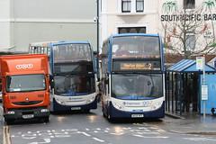 Busman's Holiday (Richie B.) Tags: parking parcels devon crap 400 alexander dennis tnt stagecoach enviro teignmouth wa08npd mx56pho