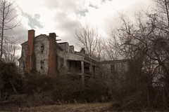 1825 (History Rambler) Tags: old abandoned house home rural south antebellum plantation historic ruin forgotten lonely decay northcarolina itssobigbeautiful