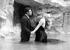 Federico Fellini - La Fontana