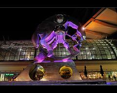 Rolling Horse (Der_Falke) Tags: sculpture horse berlin art statue modern germany deutschland skulptur hauptbahnhof pferd dri rolling
