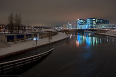 Cold Evening (Dietrich Bojko Photographie) Tags: city winter berlin night germany deutschland evening abend cityscape nacht explore hauptbahnhof spree frontpage spreebogen dietrichbojko dietrichbojkophotographie