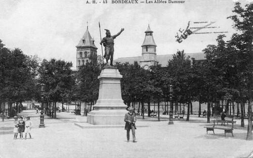 Bordeaux, les allées Damour