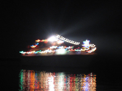 boat parade on redwood creek
