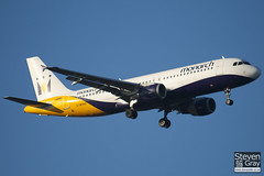 G-MONX - 392 - Monarch Airlines - Airbus A320-212 - Luton - 101208 - Steven Gray - IMG_6441
