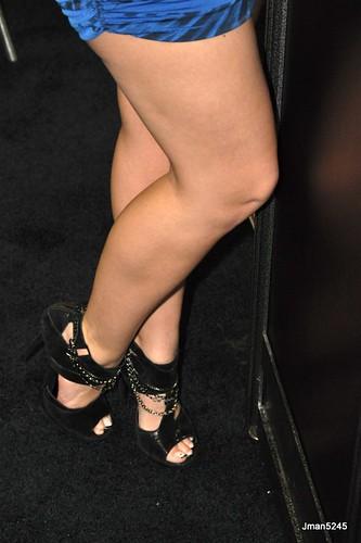 DSC 1039 Alexis Texas' legs foot feet legs toes fetish heels sandal
