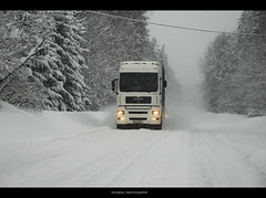 MAN TGA (Trucks the Estonian roads) Tags: road snow tractor man volvo photo big nikon estonia track tali image wide tracks picture large route lorry camion vehicle heavy pilt powerful scania tga eesti lkw camin 4x2 rekka  maantee toomas trakker d80 trass  veoauto veok largeduty