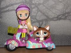 Littlest Pet Shop Blythe and Scooter