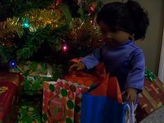 Sonali at Christmas (Poddiepea) Tags: sonali dolls americangirl