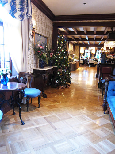 Christmas Lunch at Club 33 and More!