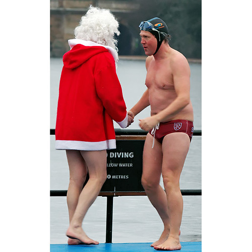 Serpentine Swimming Club Christmas Day dip