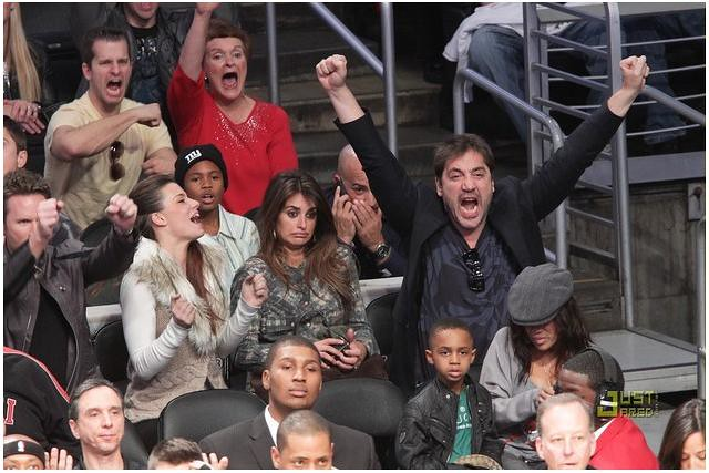 Actors Penelope Cruz and Javier Bardem attend a game between the Miami Heat and the Los Angeles Lakers at Staples Center on December 25, 2010 in Los Angeles, California.