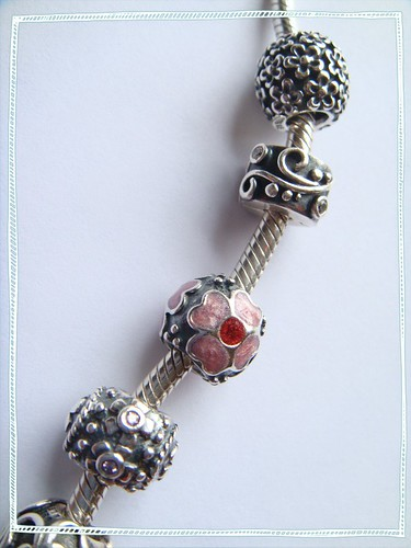 enameled flower in red&pink