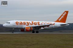 G-EZAU - 2795 - Easyjet - Airbus A319-111 - Luton - 110104 - Steven Gray - IMG_7441