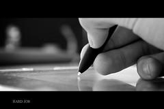 Trabalhar, trabalhar (Diogo Maske) Tags: light white black pen canon table hand natural finger gray monochromatic bamboo 1855mm job wacom mão mesa dedo diogo xsi maske caneta 450d diogomsk
