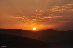 SUN SET (SAUD ALRSHIAD) Tags: cloud sun set lens nikon desert arabia om riyadh ksa saud saudia dakah d90 saoth