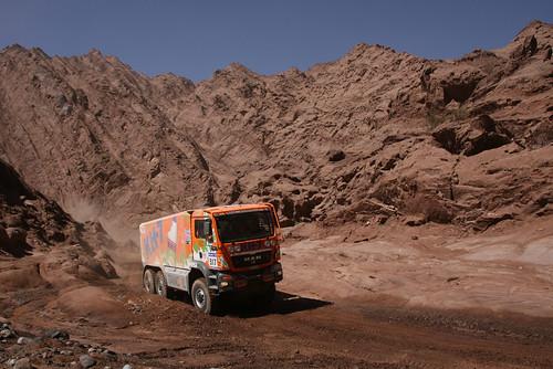 5354397639 74bf2f4df4 El Epsilon Team ultima los preparativos para el Dakar 2012