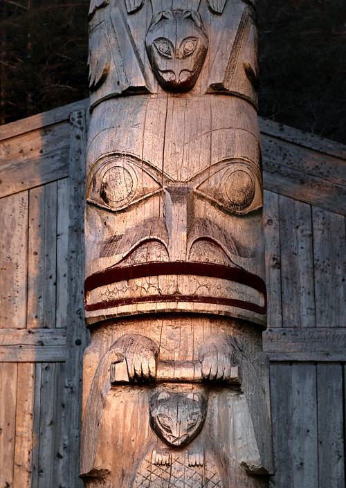 beaver figure of totem pole in front of Chief Son-i-Hat Whale House, Kasaan, Alaska