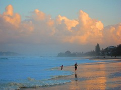 Playtime (barnacle_ahoy!!) Tags: sunset beach canon currumbin goldcoast s95