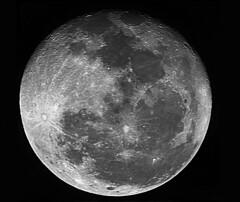 Moon 1/21/2011 (Cyrus II) Tags: moon mirror sigma telephoto orion ssag autoguider starshoot