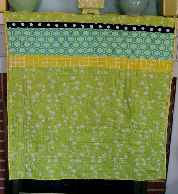 Citron Surprise Crib Quilt