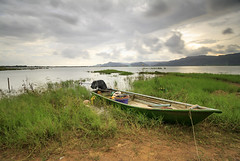 servant of Timah Tasoh (<Pirate>) Tags: timah tasoh boat stormy day rain coming landscape lake haida 10stop nd filter ray masters gnd 6hard october 2ns 2016 waiting for sunset but perlis malaysia 1018 is stm