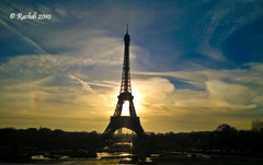 Eiffel Tower (Rashdi) Tags: paris france tower clouds sunrise nokia landmark eiffel n8 rashdi n800