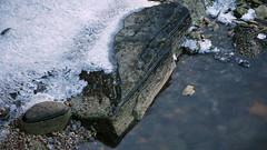 Isstripe -|- Stripes of ice (erlingsi) Tags: winter ice norway norge is vinter crystals hiver noruega oc 169 eis stein index volda noorwegen noreg erlingsi erlingsivertsen krystaller yra