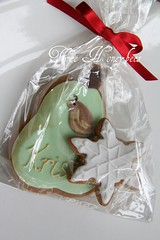 Partridge in a Pear (tree) (Three Honeybees) Tags: snowflake christmas green cookie gingerbread biscuit pear cutter partridge fondant threehoneybees
