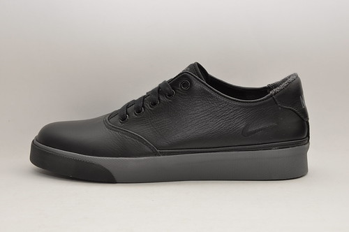 Nike Pepper Low - Black/Grey Leather