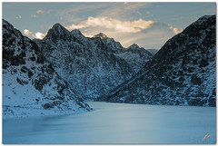 cold as ice (chris frick) Tags: winter lake mountains alps cold ice switzerland tripod filter 164 122 grimsel cokin nd8 lightbluegradient a550 remoteshuttercontrol chrisfrick sonyalpha550 sonydt16105mm3556
