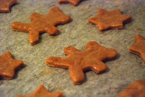 biscuiti cu scortisoara - vom fi crocanti si gustosi cand vom fi copti
