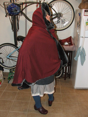 christmas cloak, DIY, fat fashion, marina rose martinez