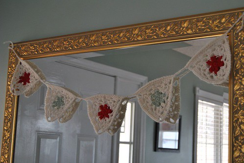 crocheted Christmas pennant