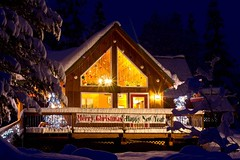 Merry Christmas from Trout Lake, Washington (Starlisa) Tags: christmas snow washington merrychristmas troutlake happynewyear dec20 3feetofsnow serenitysinn serenityschristmas4038wo