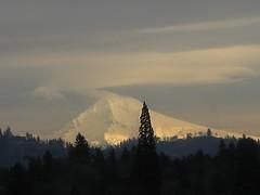 Mount Hood (digital zoom)