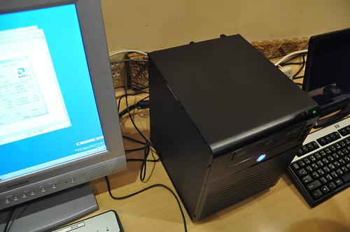 HP ProLiant MicroServer Cafe @AKIHABARA_013