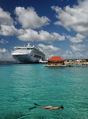 Island Getaway (Jeff Clow) Tags: ocean travel cruise sea vacation holiday tourism sports water swimming fun outdoors snorkel exercise getaway hobby leisure caribbean recreation relaxation enjoyment bonaire southerncaribbean