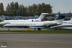 VQ-BLA - 5215 - Private - Gulfstream G550 - Luton - 100512 - Steven Gray - IMG_0956