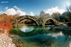 Mylou (kzappaster) Tags: bridge film river fuji pentax 200asa fisheye greece fujifilm 16mm zenitar programa stonebridge superia200 kmount zagori mylou platinumheartaward kipoi hepirus