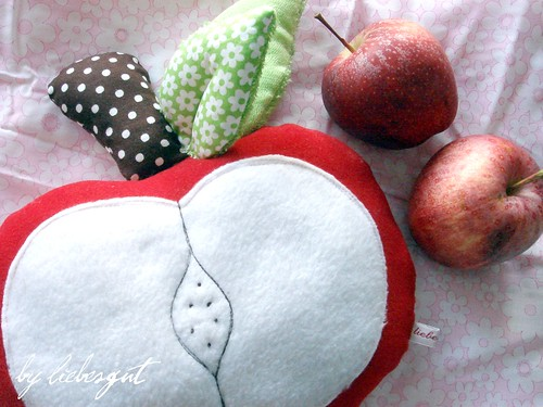 Big apple and little ones... by sewingamelie by liebesgut