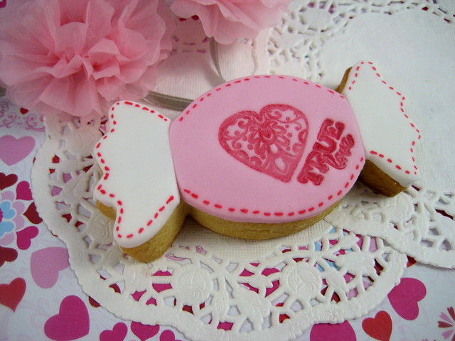 true love Valentine sugar cookie