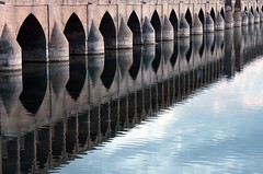 Photo[20] (Pat.Riot) Tags: bridge canon iran isfahan 500d zayanderood siosepol zayandehrood kissx3