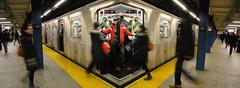 packed train (s5r5h) Tags: nyc newyorkcity brooklyn dailycommute cobblehill mta masstransit redhook b61 carrollgardens jaystreet boroughhall downtownbrooklyn b54 b57 b65 brooklynbus