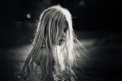 Hija de la luna ~ Child of the moon (cliccath) Tags: portrait moon lune kid child luna enfant fille lili hija canoneos5dmarkii canonef100mmf28macrousmlens cliccath ~explore~ cathschneider