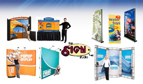Tradeshow Signage, Retractable graphic