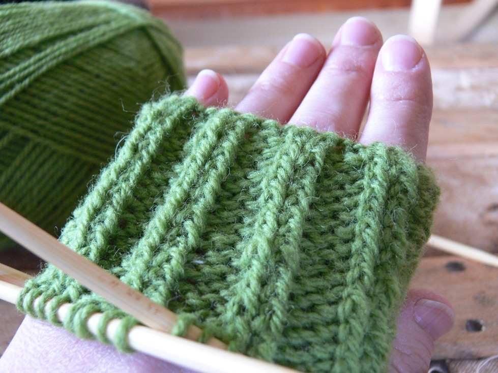 Jenny: WIP Fingerless Gloves
