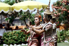 19-529 (ndpa / s. lundeen, archivist) Tags: show costumes people color film 35mm thailand dance clothing hands women dancers dancing display bangkok traditional nick performance hats tourists thai 1970s umbrellas performers thaidancing 1972 19 1973 headdress dewolf classicaldance youngwomen traditionaldance thaidancers traditionalclothing headdresses traditionaldancing thaidance traditionaldancers nickdewolf photographbynickdewolf classicaldancers classicaldancing reel19